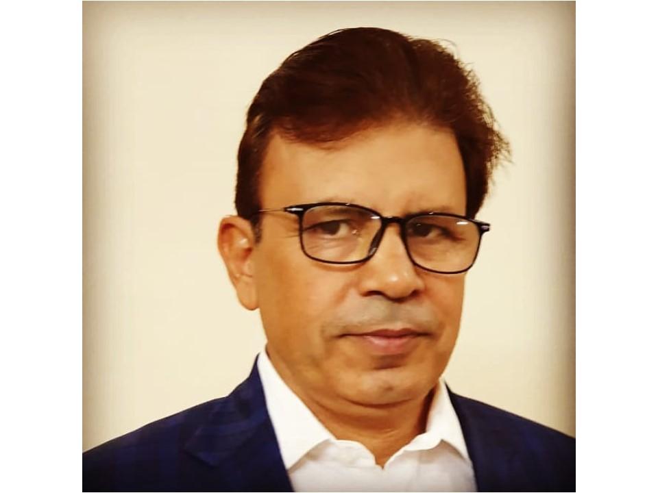Vijay Batra Karmalogist - Spiritual Coach